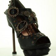 peeptoe-yourshape-steampunk-sky captain-schwarz